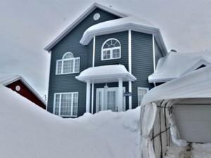 28403248 - Maison à étages à vendre