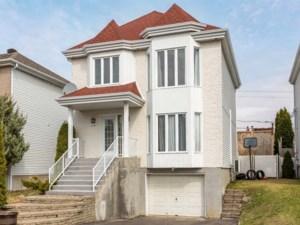 14676518 - Maison à étages à vendre
