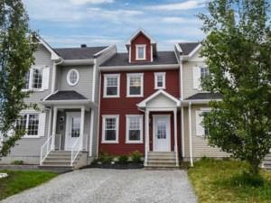 18949512 - Maison à étages à vendre