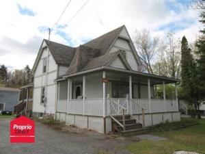 19115058 - Maison à étages à vendre