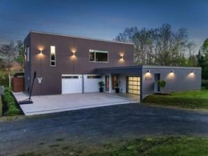 18074789 - Maison à étages à vendre