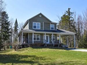 12991232 - Maison à étages à vendre