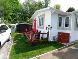 Maison mobile vendre acheter une maison mobile laurentides for Maison prefabriquee occasion