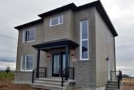 18180065 - Maison à étages à vendre