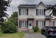 9927704 - Maison à étages à vendre