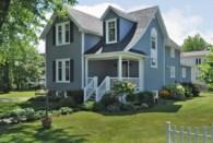 23445593 - Maison à étages à vendre