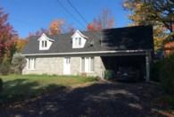 9742897 - Maison à 1 étage et demi à vendre