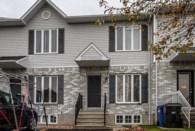 24179262 - Maison à étages à vendre