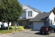 27764993 - Maison à étages à vendre