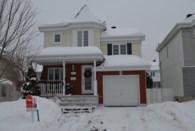 9318749 - Maison à étages à vendre