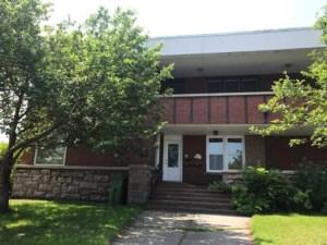 28668718 - Quadruplex for sale