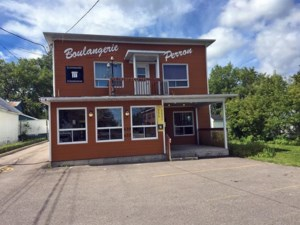20195772 - Commercial building/Office for sale