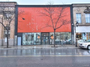 Commercial building/Office for sale