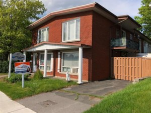 9242181 - Quadruplex for sale