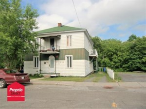 26399216 - Triplex for sale