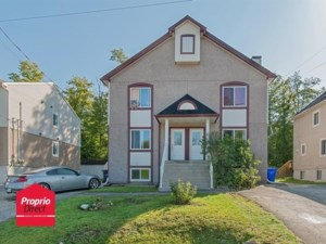 15236579 - Triplex for sale