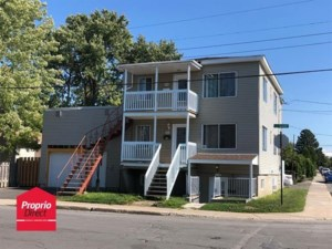 12850436 - Triplex for sale