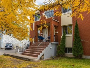 21881963 - Triplex for sale