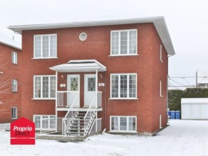 26217979 - Triplex for sale