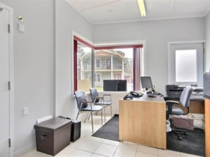 24403396 - Commercial condo for sale