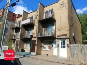 11118205 - Triplex for sale