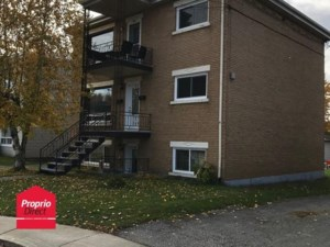 15554049 - Triplex for sale
