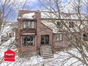 18106378 - Triplex for sale