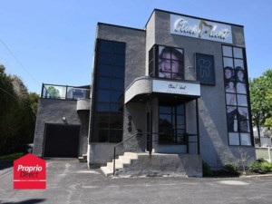 24004535 - Commercial building/Office for sale