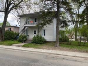24669226 - Quadruplex for sale