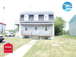 14065582 - Triplex for sale