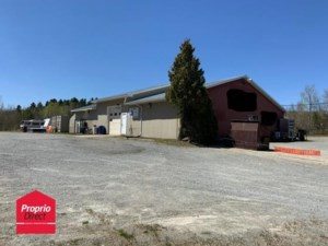 22007185 - Commercial building/Office for sale