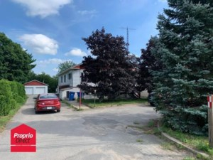 11791708 - Triplex for sale