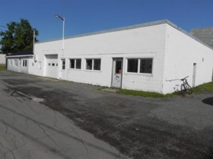 9224074 - Industrial building for sale