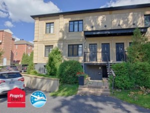 19430802 - Triplex for sale