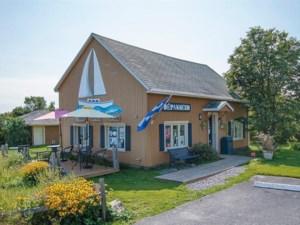 20126557 - Commercial building/Office for sale