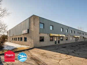 9376810 - Commercial condo for sale