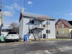 11755284 - Duplex for sale