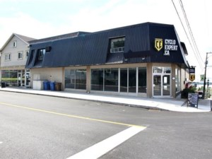 27321204 - Commercial space for rent