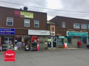 22676174 - Commercial space for rent