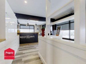 14137021 - Commercial space for rent