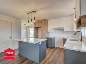 25551376 - Condo for rent
