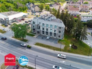 27610627 - Commercial space for rent