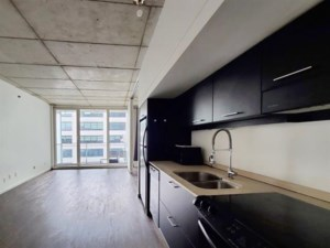 9489406 - Condo for rent