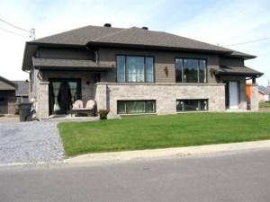 23181357 - Bungalow-Semi-detached for sale