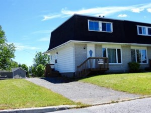 20531142 - Two-storey, semi-detached for sale