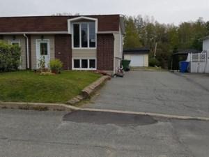 12169384 - Bungalow-Semi-detached for sale