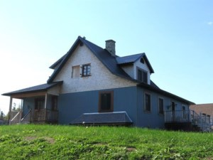 14861086 - One-and-a-half-storey house for sale