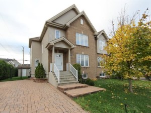 20874572 - Two-storey, semi-detached for sale
