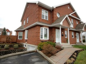 28578121 - Two-storey, semi-detached for sale
