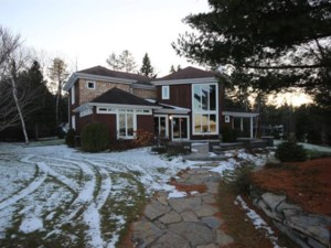 23289093 - Two or more storey for sale